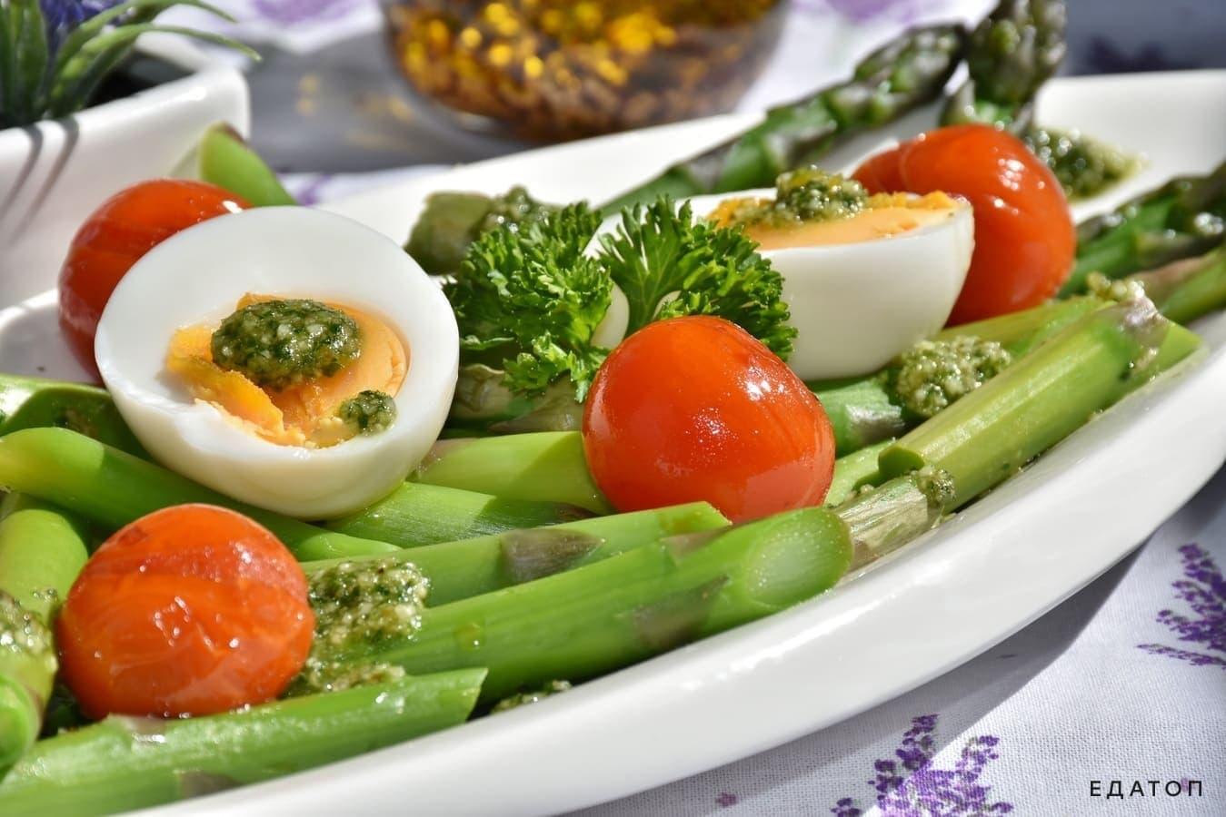 Овощные салаты бывают очень вкусными.