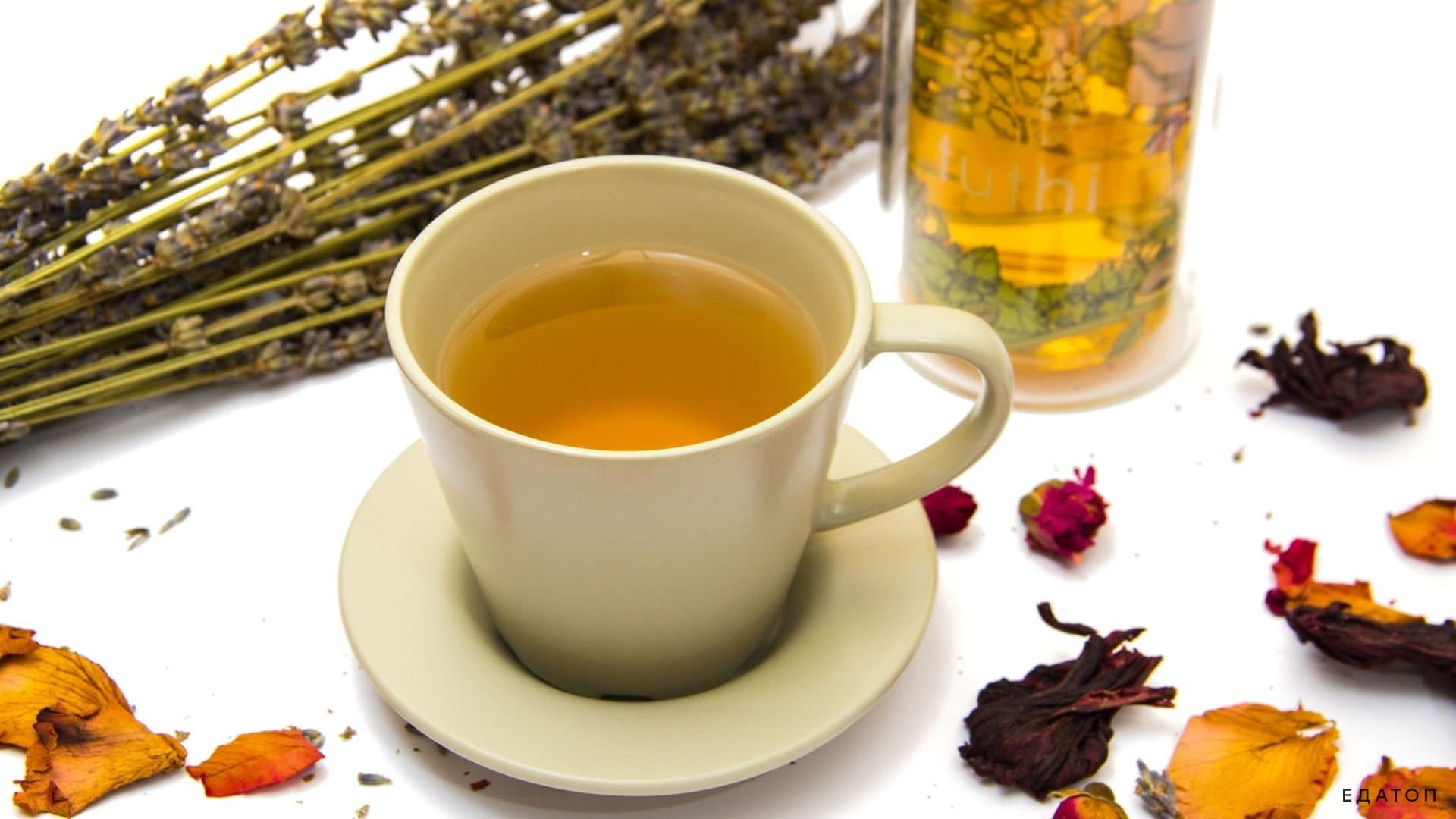 Зеленый чай рекомендован при похудении.